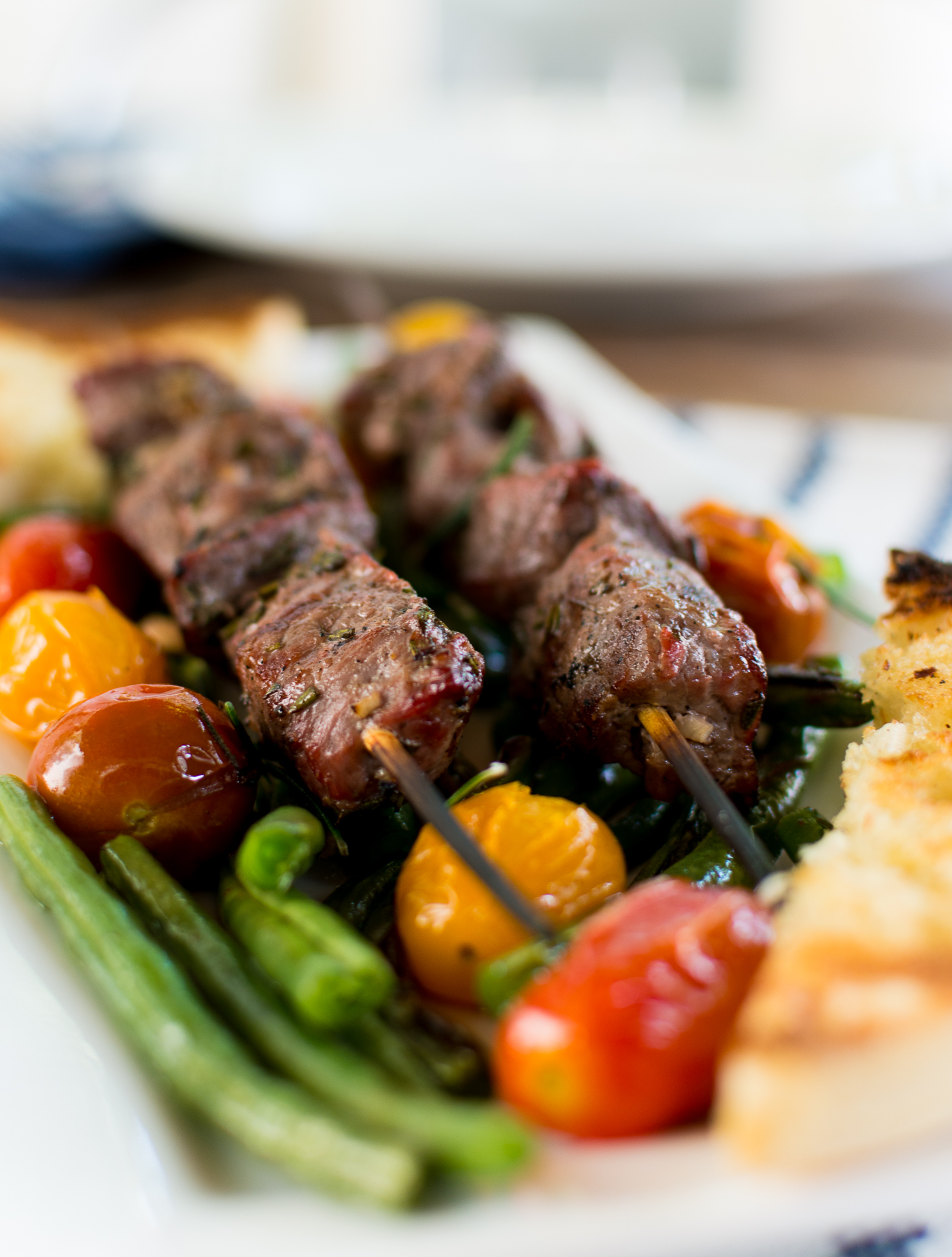 beef-kabob-skewers-garlic-rosemary-Hello-Fresh-15