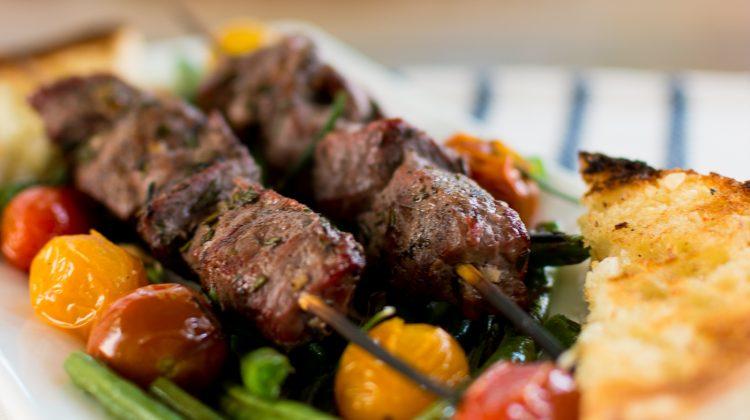 beef-kabob-skewers-garlic-rosemary-Hello-Fresh-17