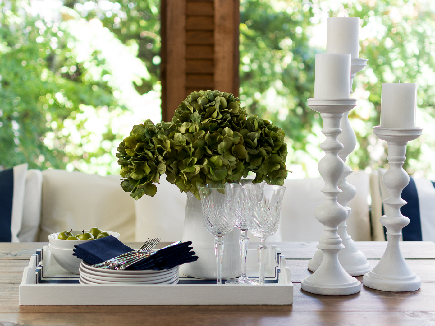 Table setting navy white @itallstartedwithpaint.com-40