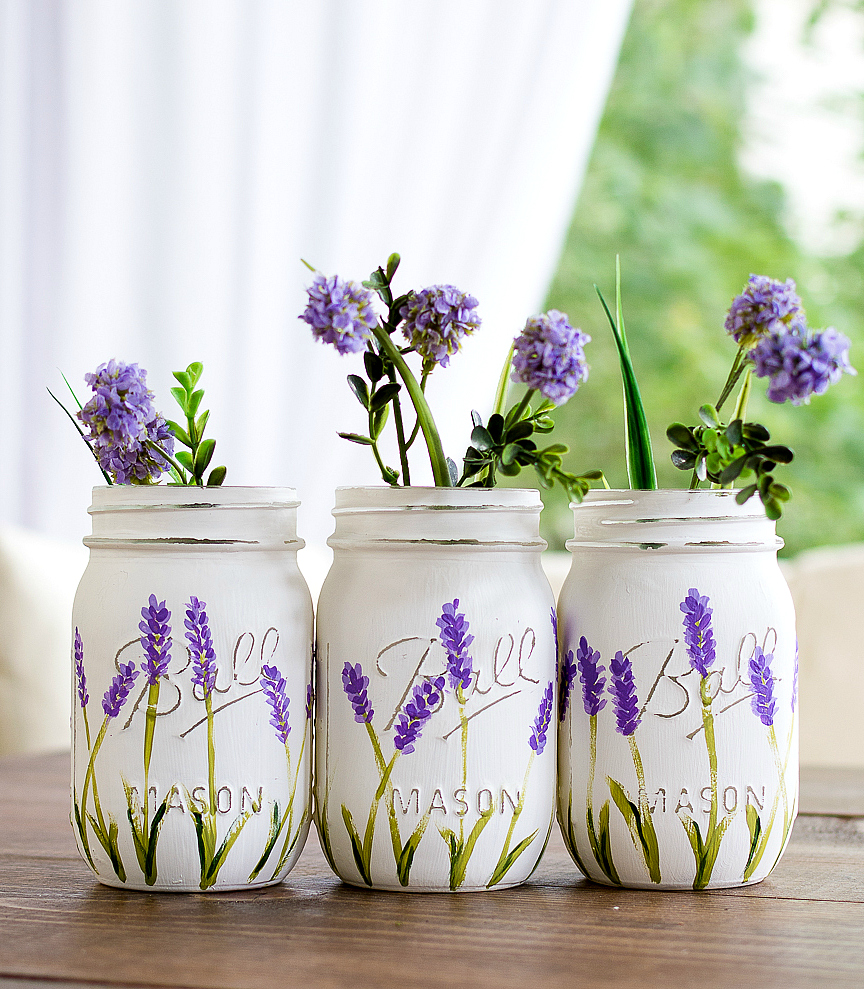 Mason Jar Crafts with Paint