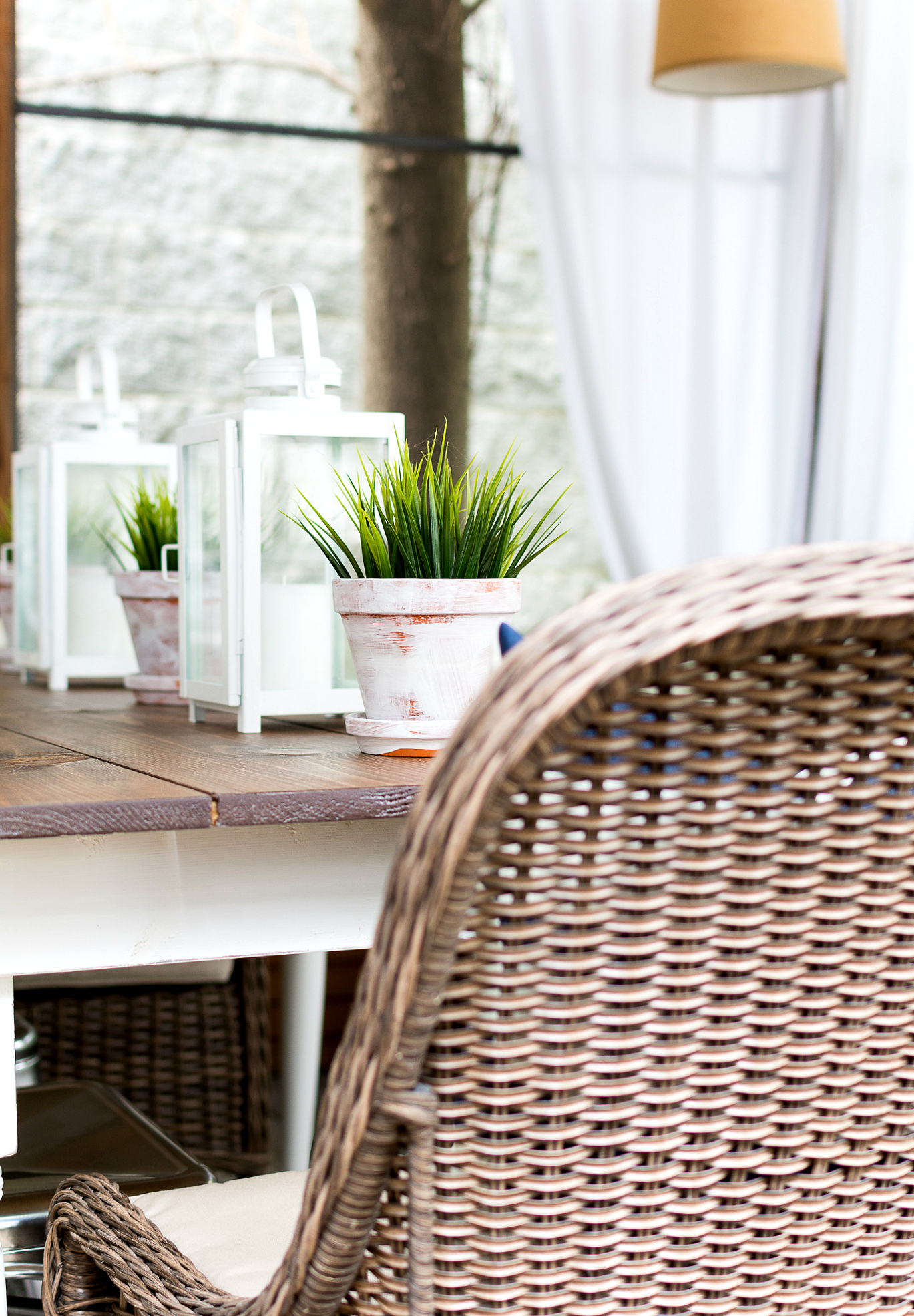 Farmhouse Table on Screen Porch