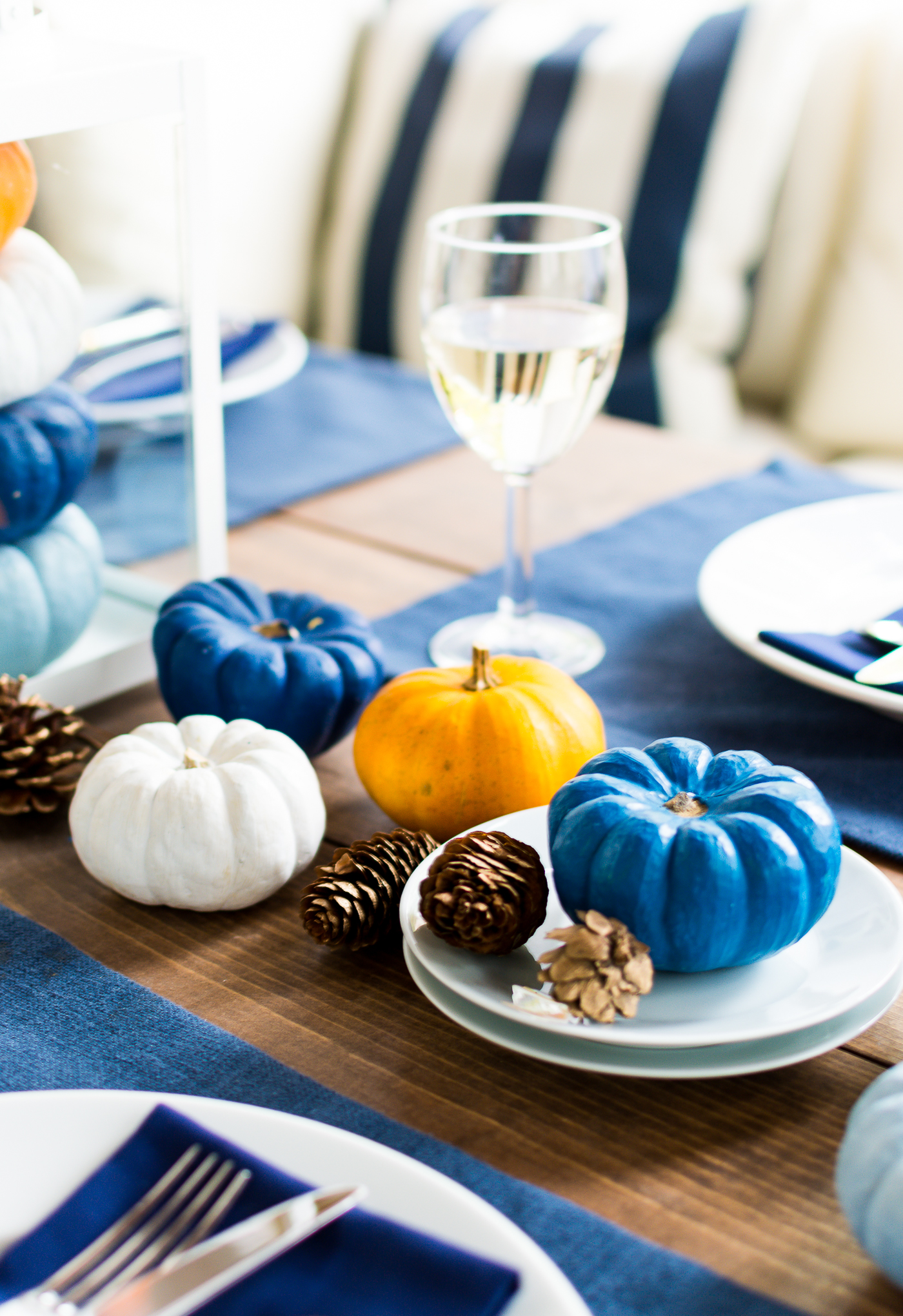 thanksgiving-table-setting-idea-navy-blue-white-orange-with-gallo-wine-pinot-grigio-itallstartedwithpait-com-47