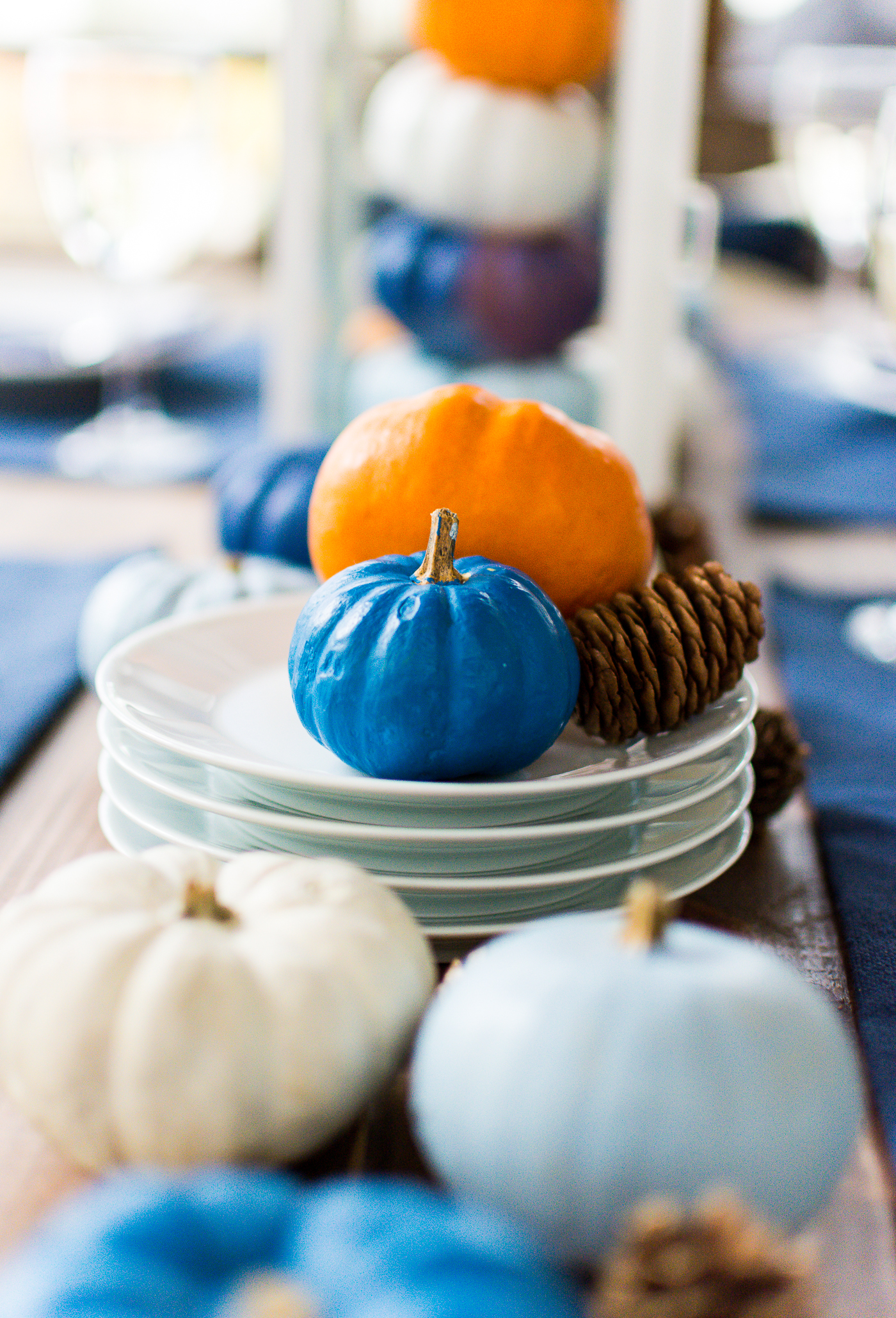 thanksgiving-table-setting-idea-navy-blue-white-orange-with-gallo-wine-pinot-grigio-itallstartedwithpait-com-65