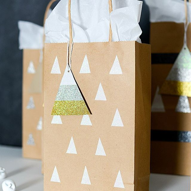 Easy affordable stylish diy gift bags and tags with theduckbrandhellip