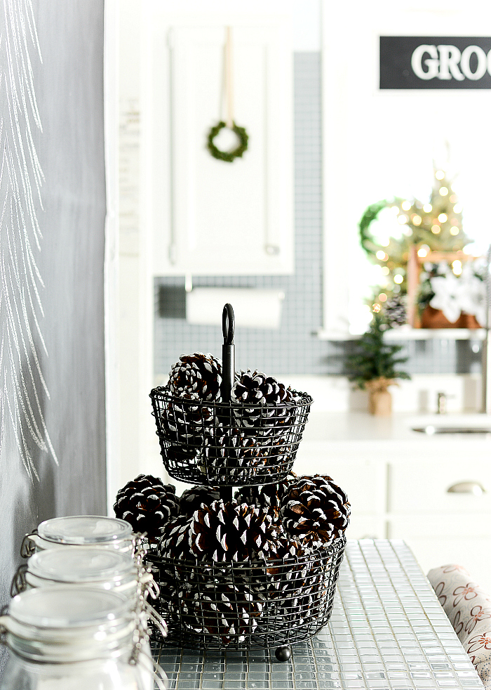 Decorating Ideas in Kitchen for Christmas