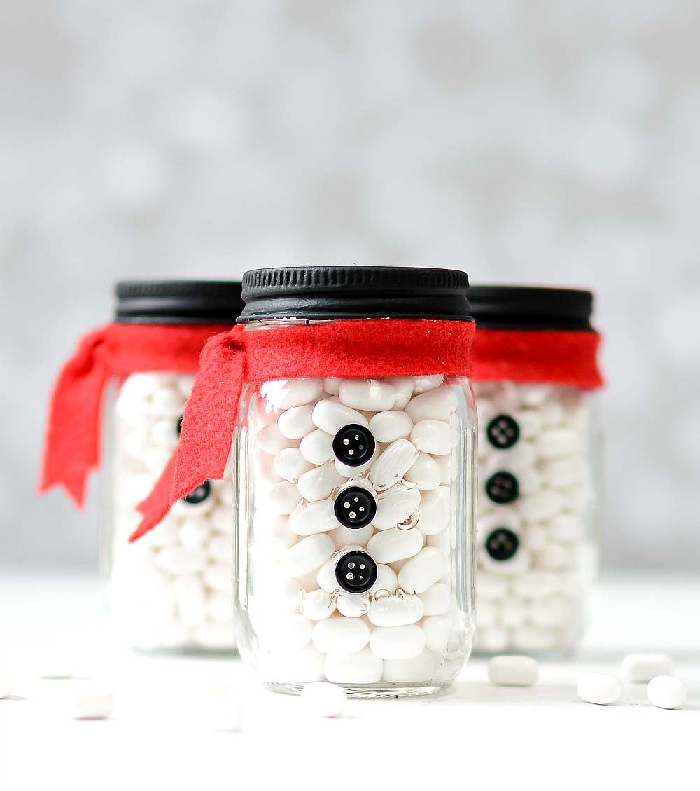 mason-jar-minis-stocking-stuffers-snowman-mason-jars-how-to-7-of-7
