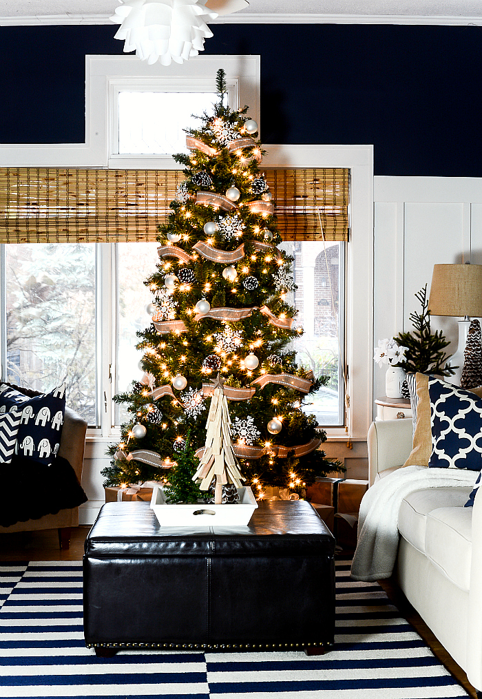 christmas-decorating-ideas-neutral-burlap-white-navy-rustic-living-room-it-all-started-with-paint-27-of-36
