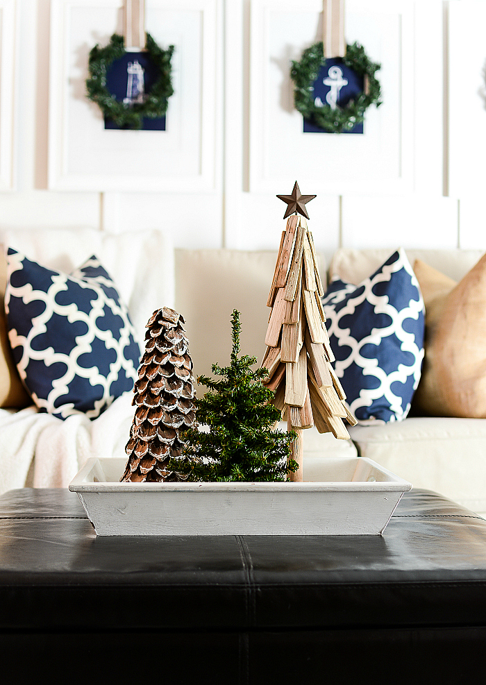 christmas decorating ideas neutral burlap white navy rustic - Neutral Christmas Decor
