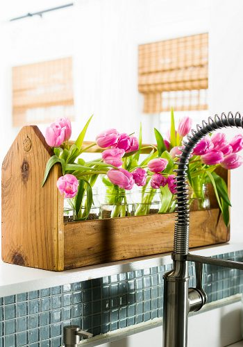 Spring Decorating Ideas with Pink