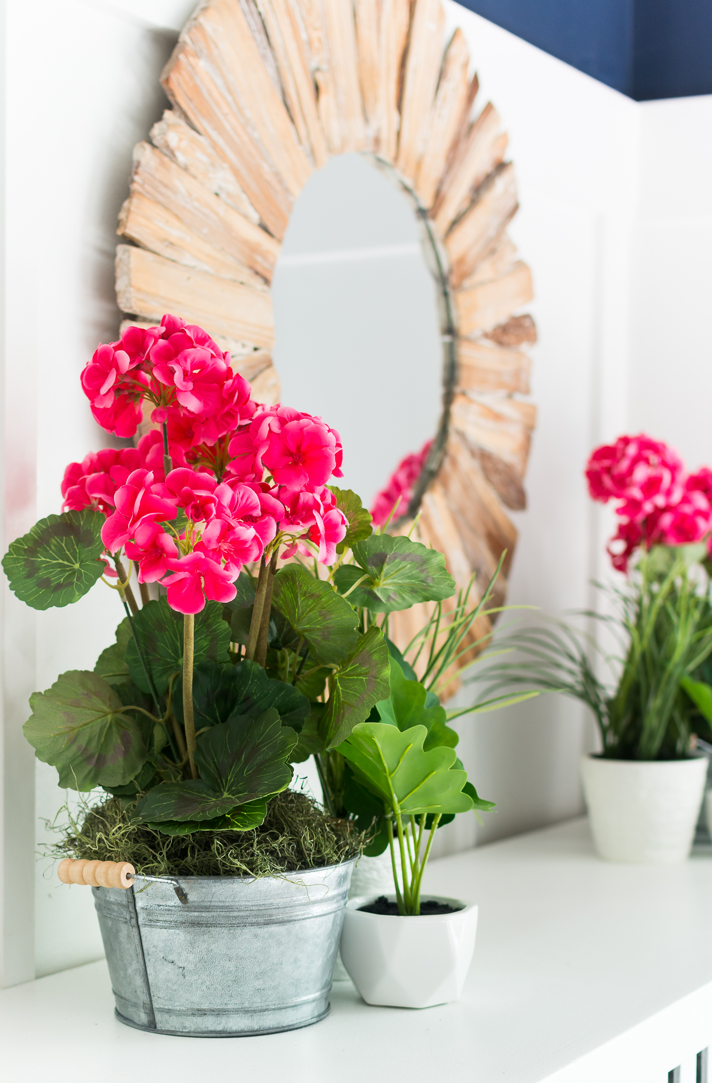 Simple Mantel for Spring