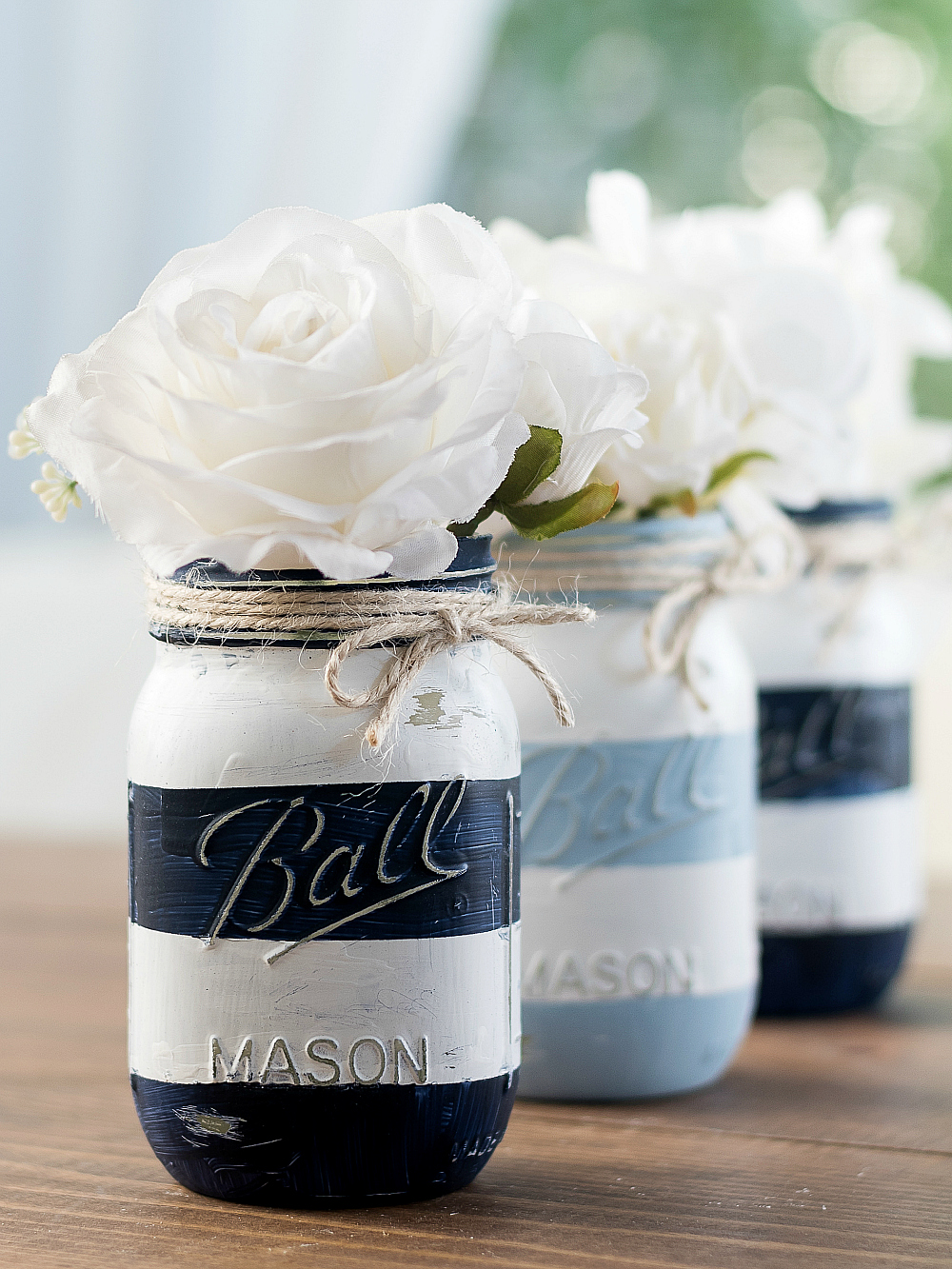 Nautical Striped Mason Jar Craft - Coastal Mason Jar - Beachy Mason Jar - Painted Distressed Mason Jar @itallstartedwithpaint.com