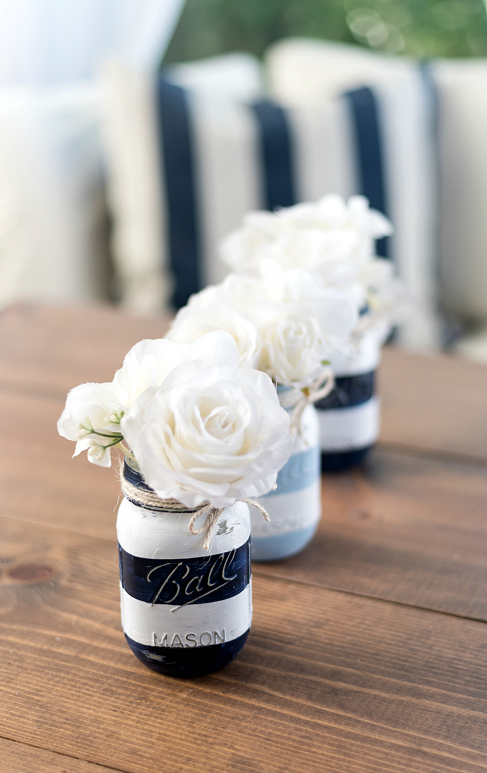 Coastal Mason Jar - Beachy Mason Jar - Painted Distressed Mason Jar @itallstartedwithpaint.com