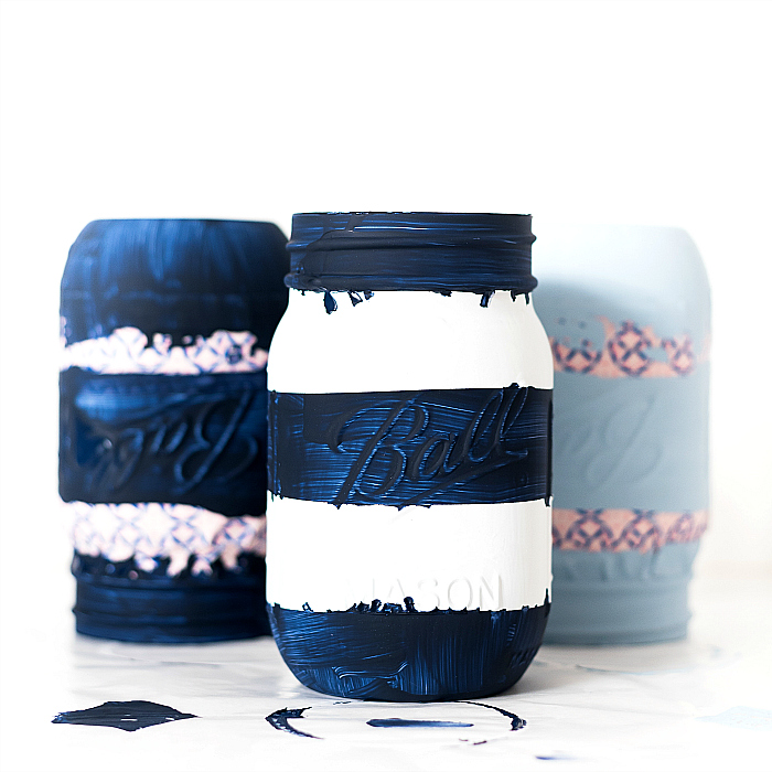 How To Make Striped Mason Jars - Painted Distressed Mason Jars - Mason Jar Summer Crafts @itallstartedwithpaint.com