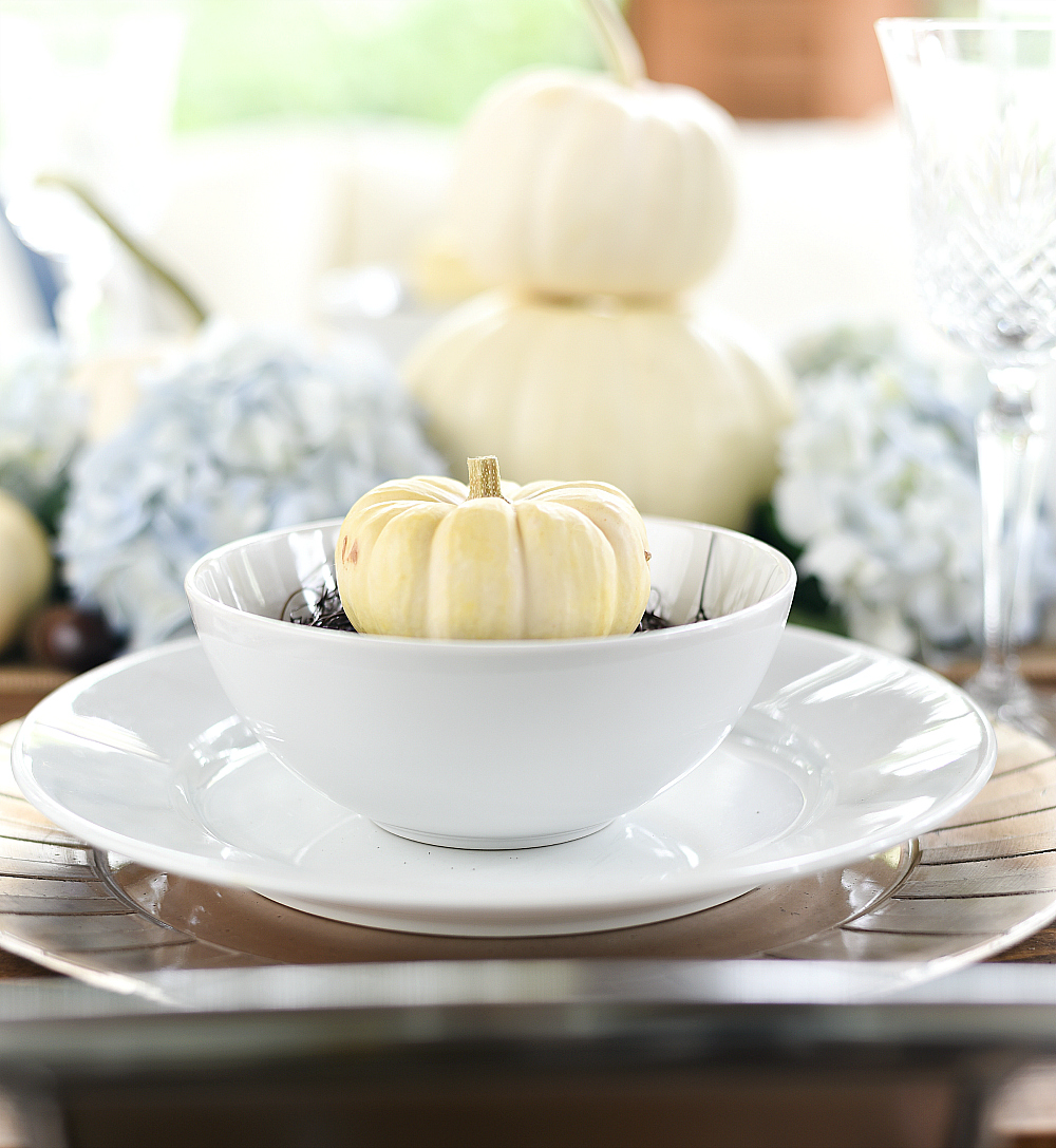 Fall Table: White Pumpkins & Hydrangeas