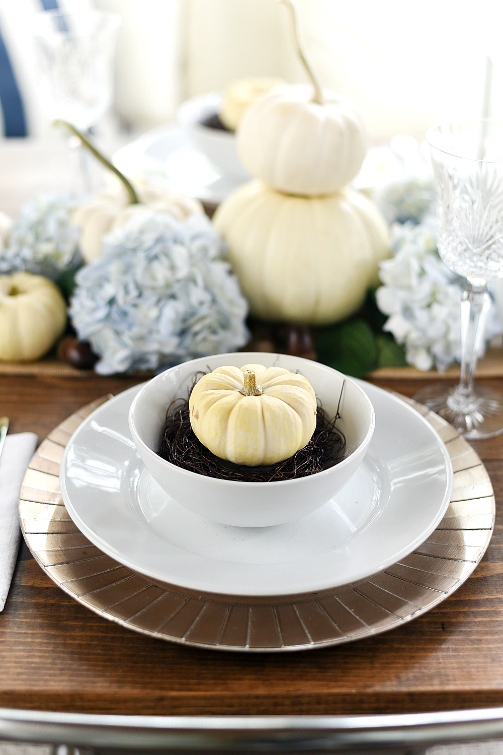 White Pumpkins Place Setting