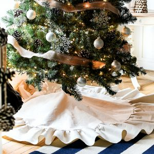 Drop Cloth Ruffle Christmas Tree Skirt - How To Mae