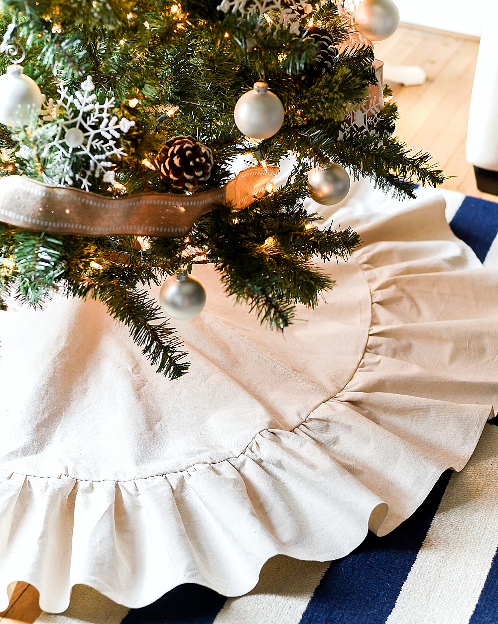 How To Make a Drop Cloth Ruffle Christmas Tree Skirt