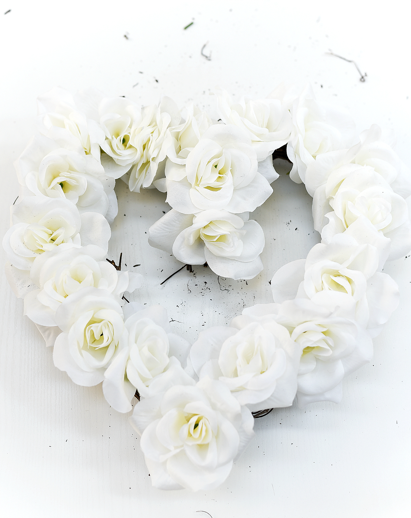 Neutral Valentine Decor Ideas - White Rose Heart Wreath
