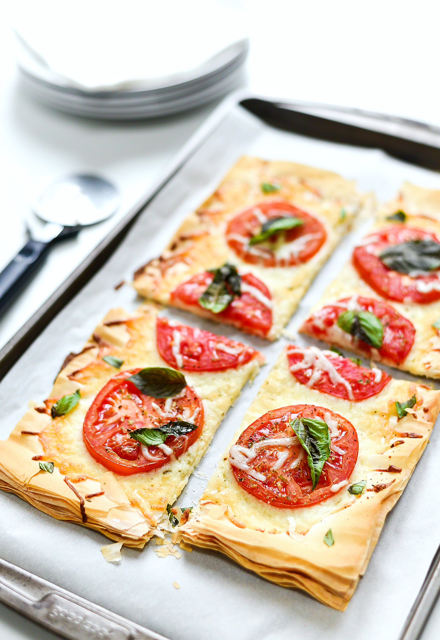 Weight Watchers Dinner Ideas - Phyllo Dough Pizza - Margherita Pizza