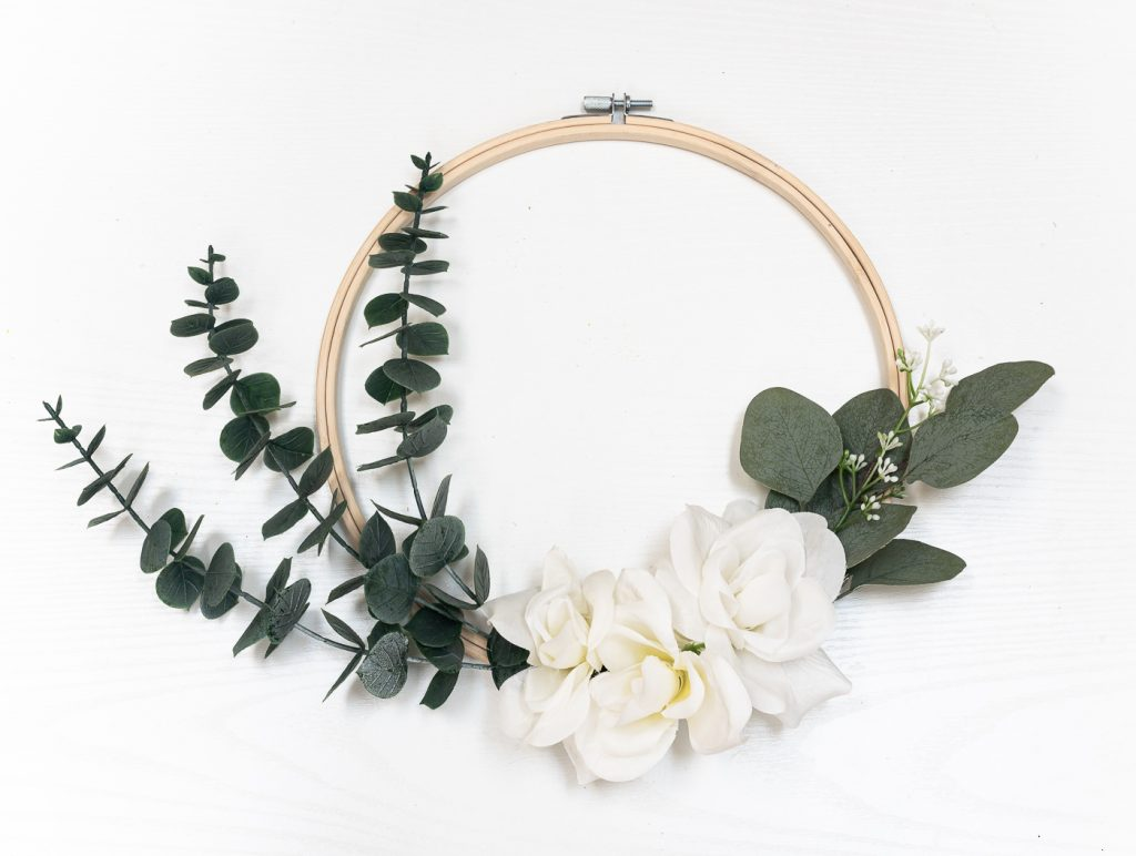 How To Make Embroidery Hoop Wreath With Faux Eucalyptus & White Roses.
