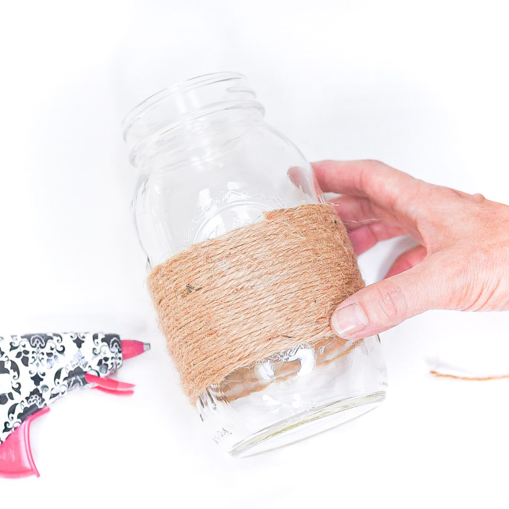 How To Make Twine Wrapped Mason Jars DIY - Easy Mason Jar Craft for Fall