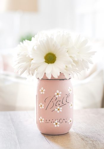 Painted Daisy Mason Jar