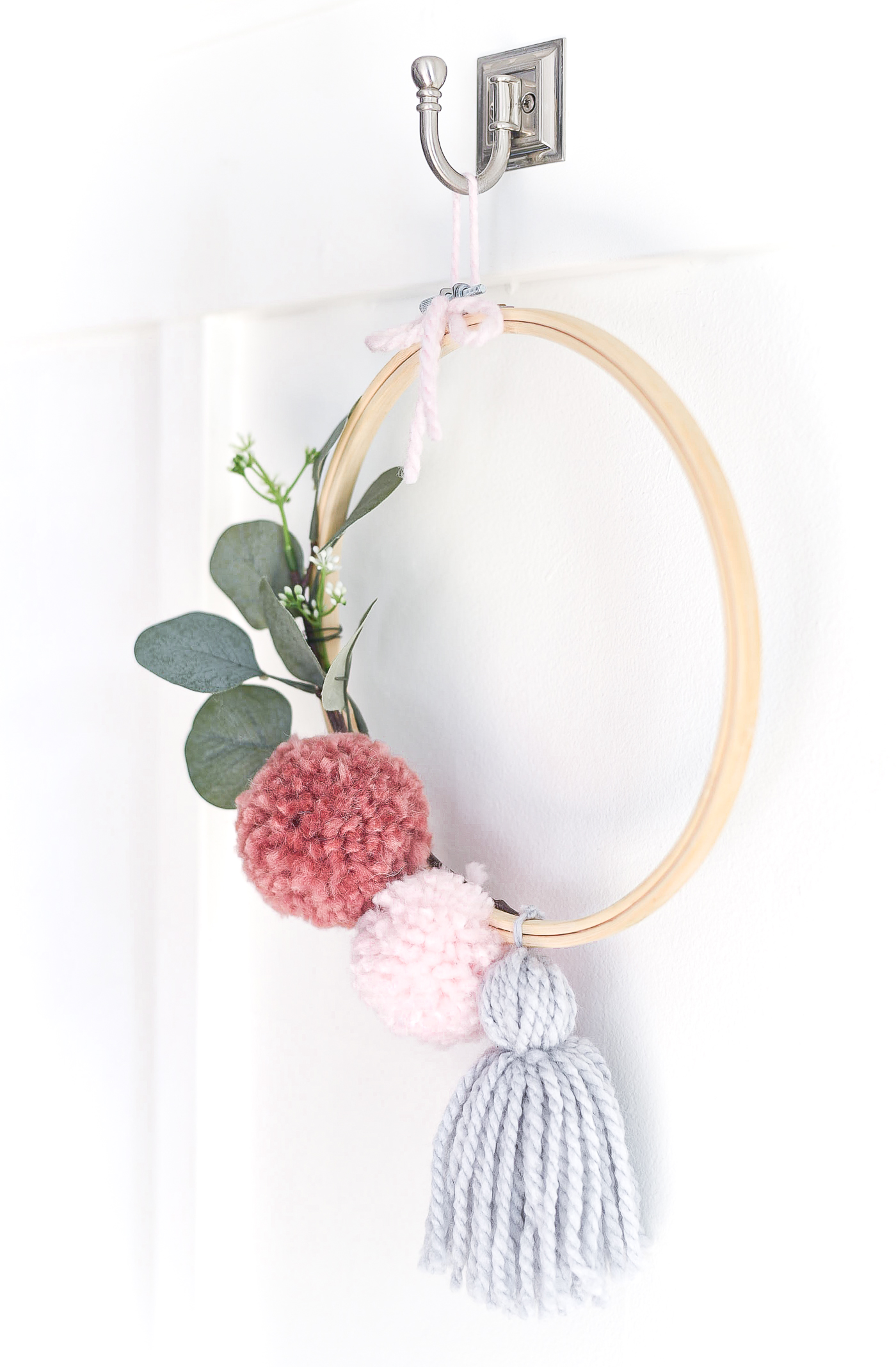Pom Pom Embroidery Hoop Wreath for Spring - Pom Pom Wreath - Embroidery Hoop Wreath.
