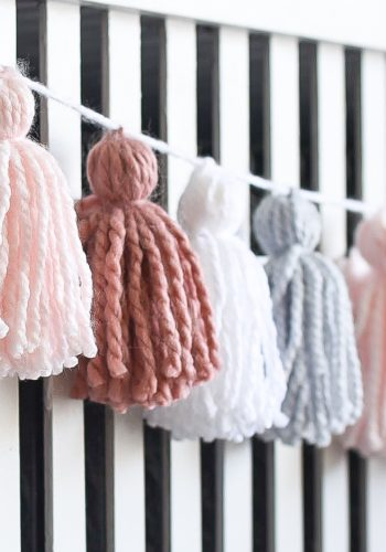 Yarn Tassel Garland DIY