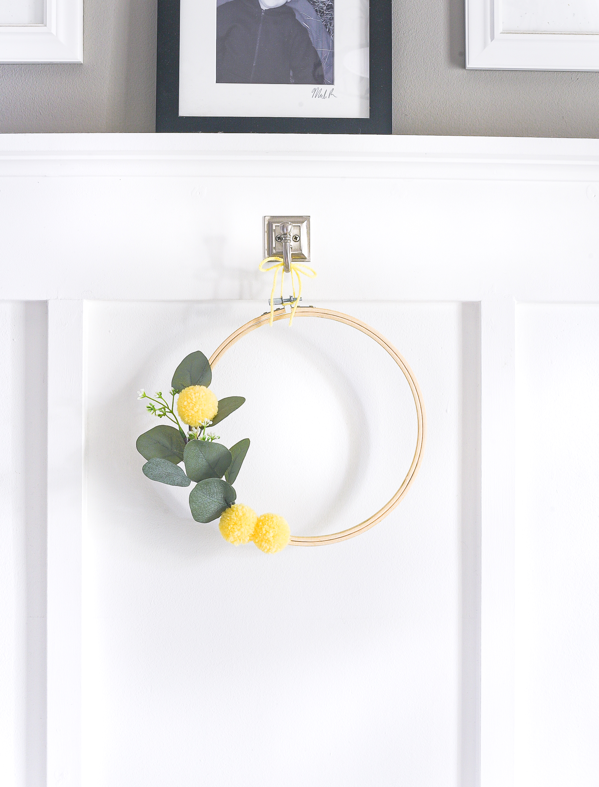 Embroidery Hoop Wreath with Faux Bill Ball Pom Poms - Yellow Summer Wreath Idea. Summer Embroidery Hoop Wreath with Faux Bill Ball Pom Poms.